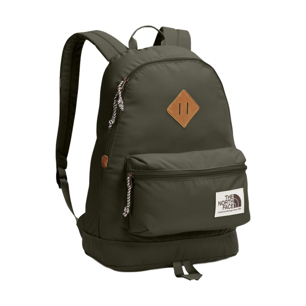 The North Face Berkeley 25L Pack FALBROWN_RDQ