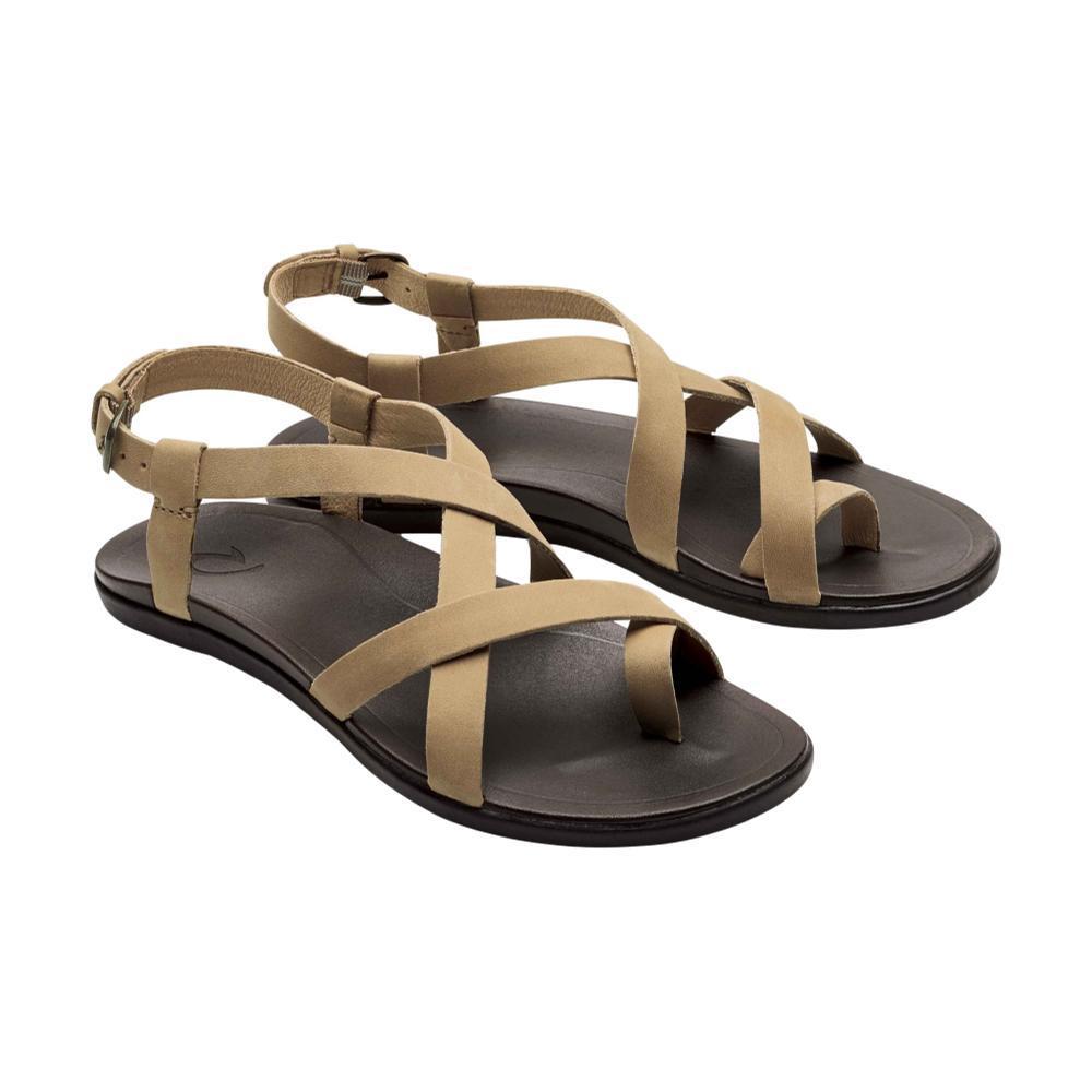 OluKai Women's Upena Sandals GOLDEN