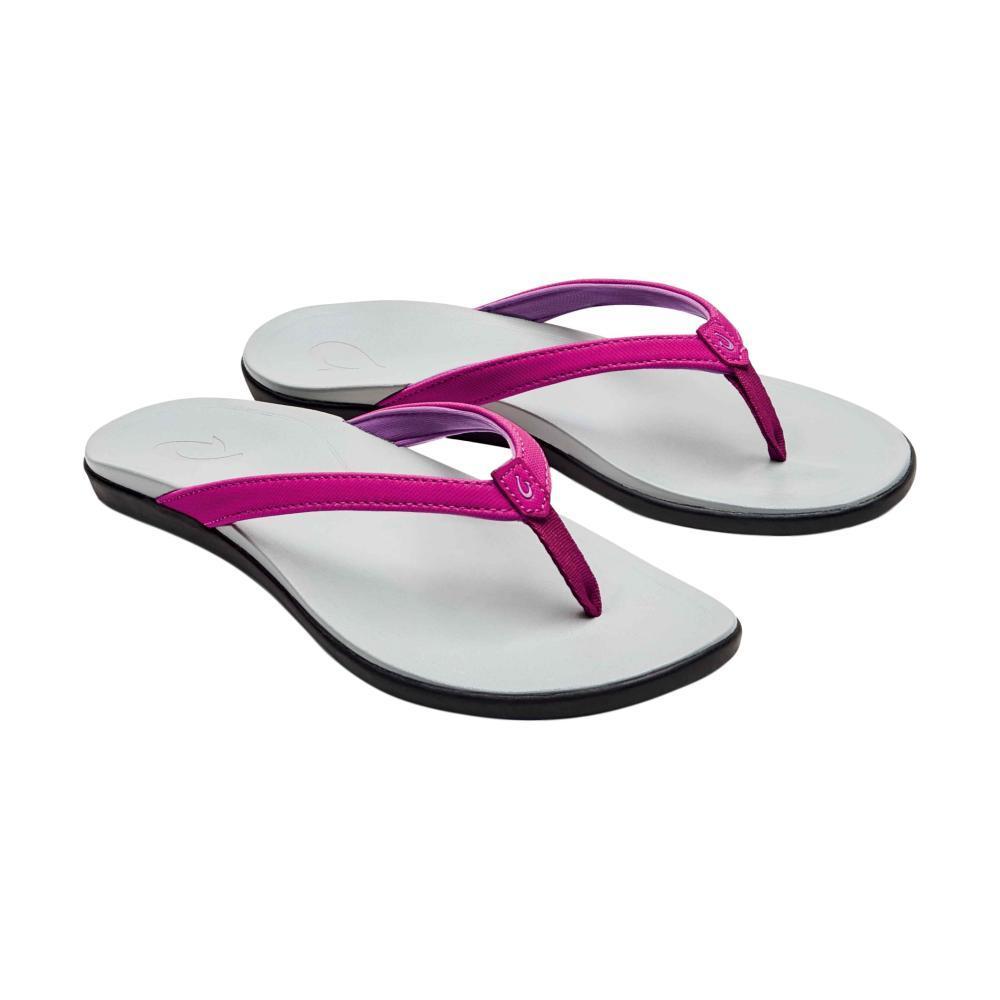 OluKai Women's Ho'opio Sandals GRAPE