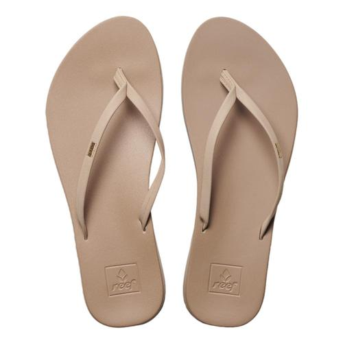 Reef Women's Cushion Bounce Slim SandalsConsistent comfort with cushion bounce and support where it counts make the Reef Women's Cushion Bounce Slim Sandals an istanst go-to. A slim feminine strap for perfect comfort, anatomical contouring with arc