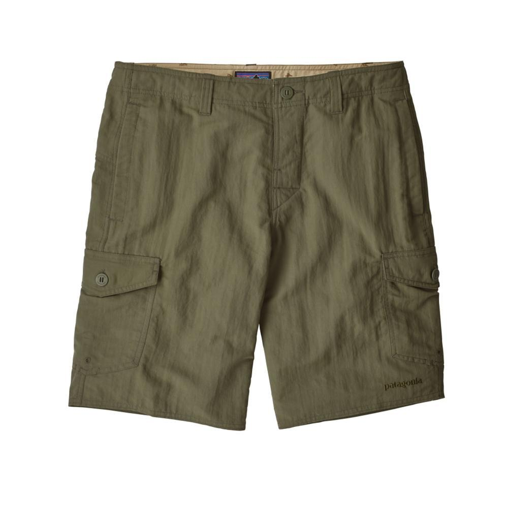Patagonia Men's Wavefarer Cargo Shorts INDG_GREEN