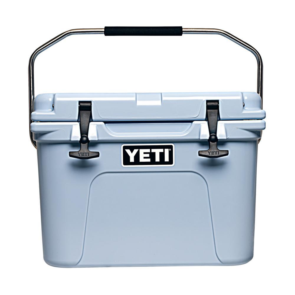 YETI Roadie 20 Cooler ICE_BLUE