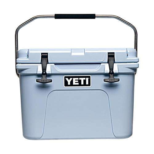YETI Roadie 20 Cooler Ice_blue