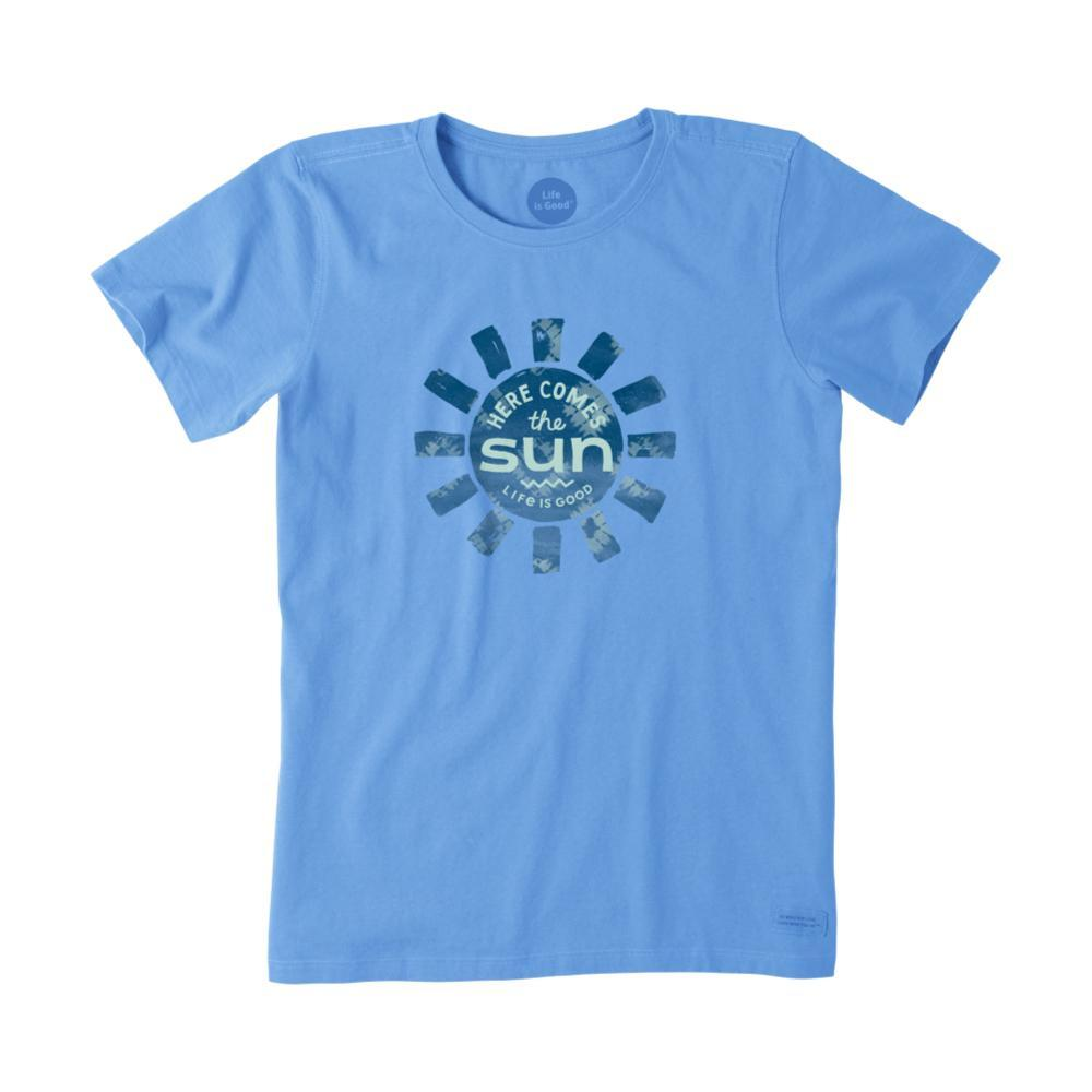 Life Is Good Women's Here Comes The Sun LIG Crusher Tee POWDERBLUE